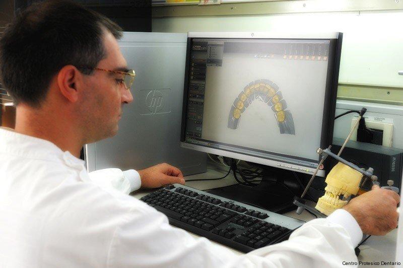 centro-protesico-dentario-laboratorio